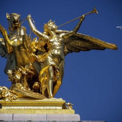 Puente alejandro III de París.